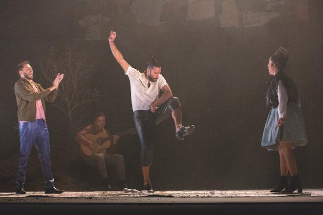 Eduardo Guerrero entouré de Samara Montañes, Manuel Soto et Javier Ibañez © Sandy Korzekwa