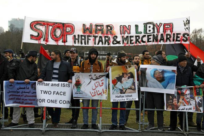 Manifestation contre Haftar à Berlin le 19 janvier 2020. © REUTERS