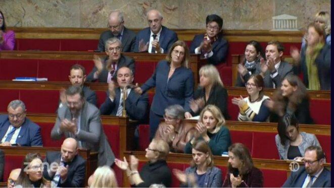 Perrine Goulet ovationnée par... les députés LREM