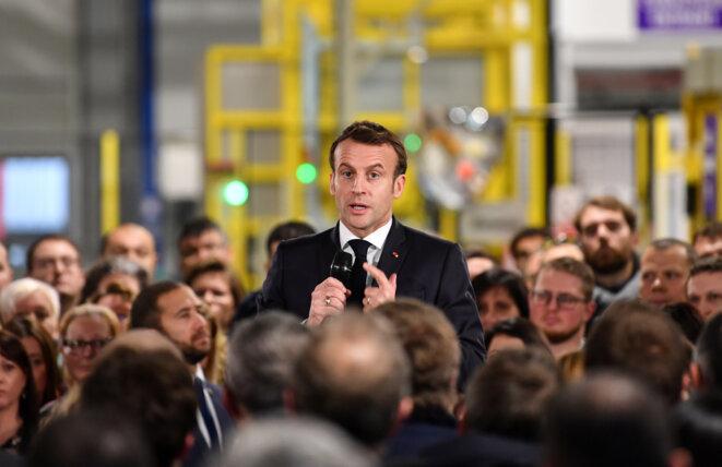 Emmanuel Macron en visite au laboratoire AstraZeneca à Dunkerque le 20 janvier. © Reuters