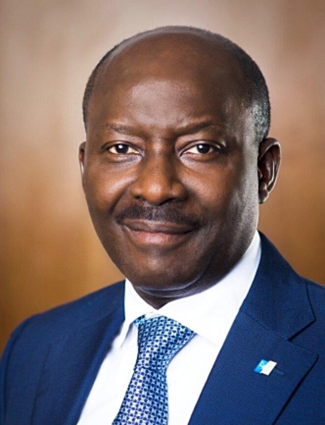 """De """"PDG à vie"""" du groupe BGFI à futur président à vie du Gabon ?"""