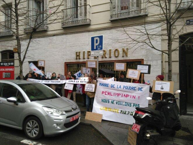 Même à Madrid, Macron fait l'unanimité contre lui © T.P