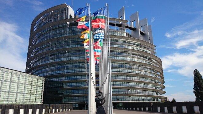 parliament-1564427-1920