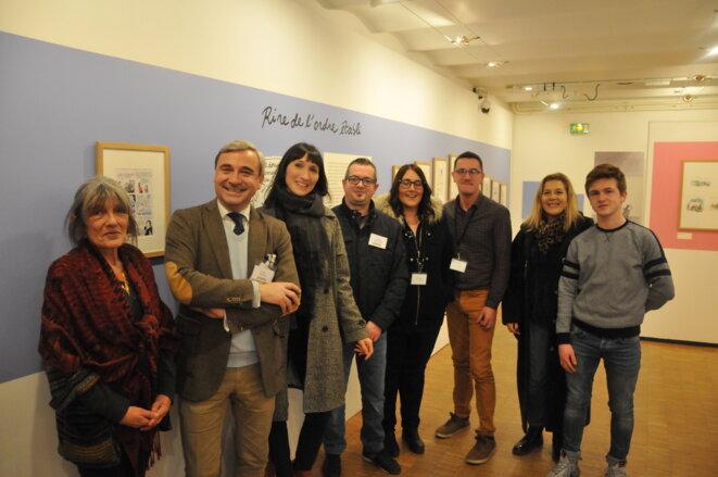 - Catherine Meurisse au Musée du Papier au 47e FIBD, avec Florent Gaillard et l'équipe technique du musée - © - FS -