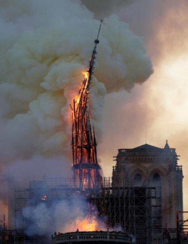 La chute de la flèche de Notre Dame est plus qu'un symbole.