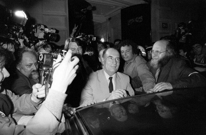 François Mitterrand au siège du PS, rue de Solferino, le 11 mai 1981. © AFP