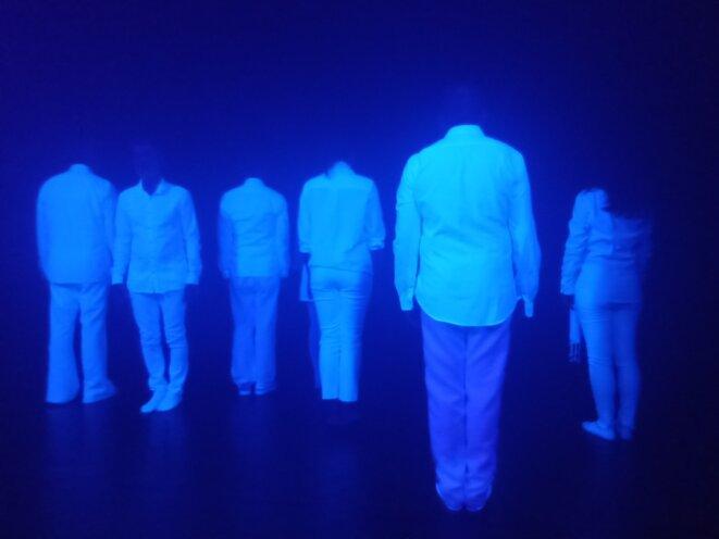 Le balles des spectres, Valérie LHERITIER toute à droite. Oui, c'est elle © Didier CODANI