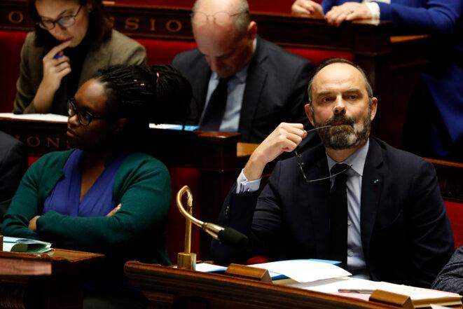 Edouard Philippe et Sibeth Ndiaye lors des questions au gouvernement le 4 février. © AFP