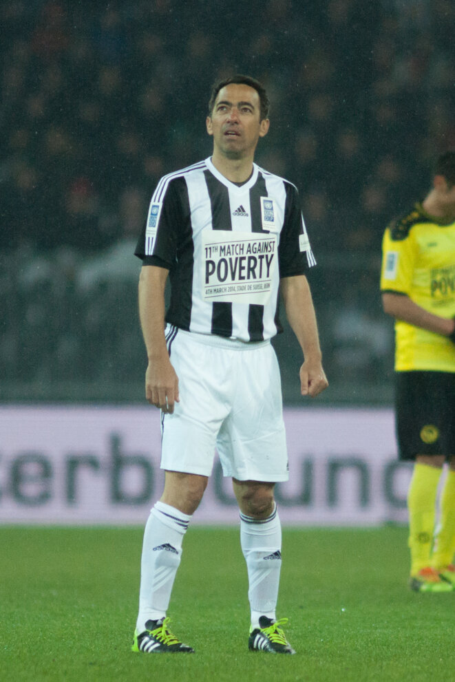football-against-poverty-2014-youri-djorkaeff