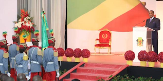 Le président Sassou N'Guesso devant le parlement réuni en Congrès en Décembre 2019