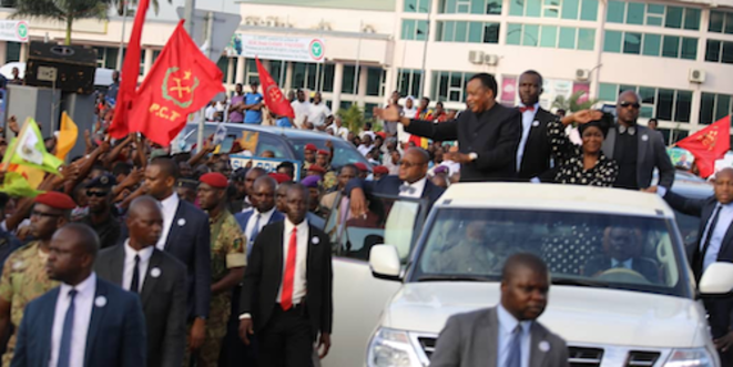 Le président de la République chaleureusement accueilli à Pointe-Noire