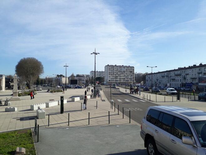 """- La """"végétalisation"""" du quartier gare, selon Sandra Ros, de la liste """"Angoulême, c'est vous"""" - © FS"""