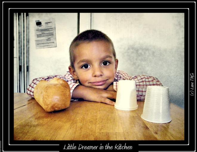 Little dreamer in the kitchen © Luna TMG
