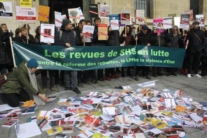 Manifestation des «Revues en lutte», à Paris, le 25 fervrier 2020. © RS