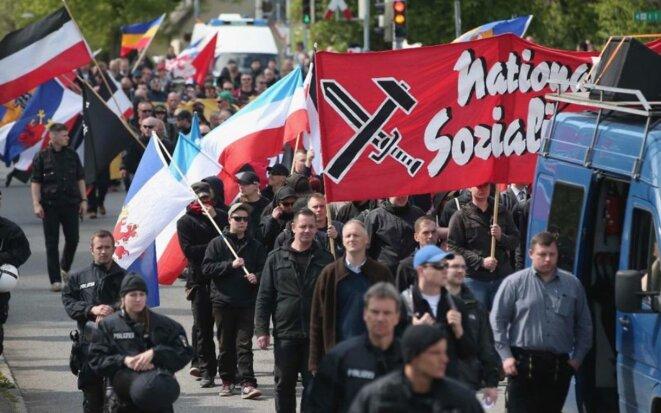 quelque-250-supporters-du-parti-dextreme-droite-allemand-parti-national-democratique-a-rostock-en-allemagne-cedit-sean-gallup-getty-images-via-jta-1024x640