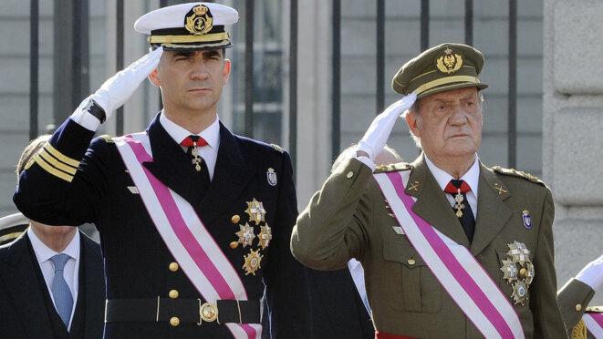 Juan Carlos (à droite) et Felipe   © AFP