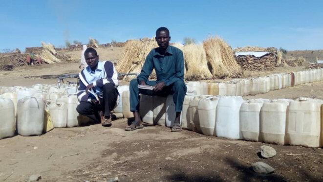 Des déplacés au camp de Surtoni (Jebel Marra, Nord) après l'attaque de leurs villages. La situation est critique et il n'y a pas d'eau.