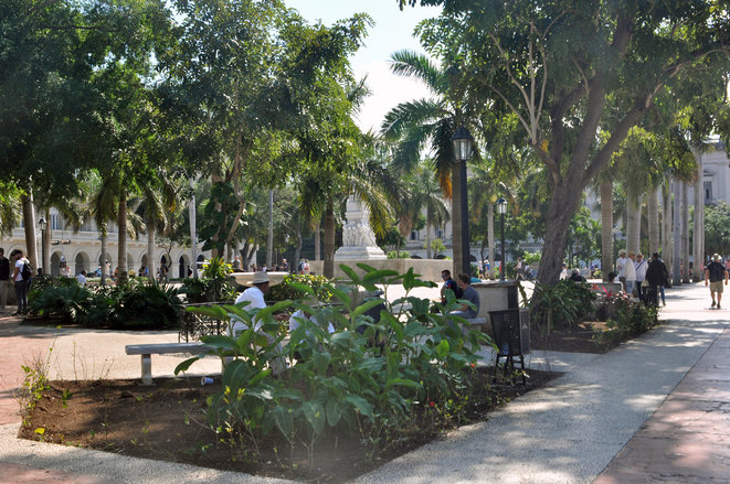 plaza-central