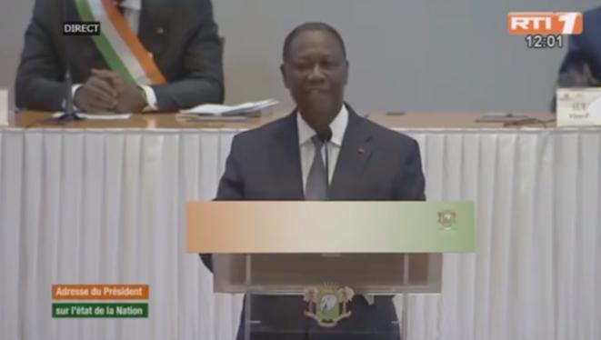 Le président ivoirien Alassane Ouattara devant le Congrès jeudi 5 mars et en direct à la télévision. © Capture d'écran