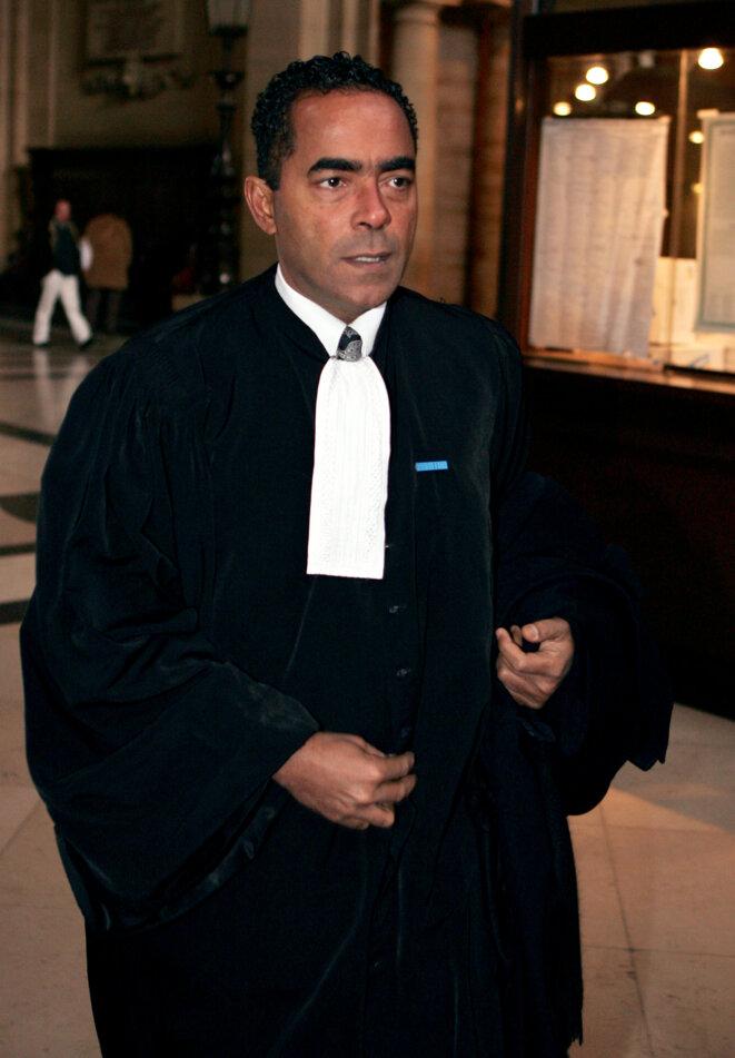 """Alex Ursulet au procès des """"écoutes de l'Elysée"""", en 2005 à Paris. © AFP"""