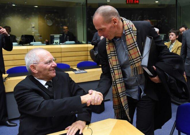 Schäuble et Varoufákis en février 2015. © AFP