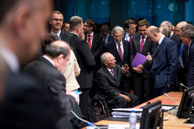 Wolfgang Schäuble, ministre allemand des finances et Pierre Moscovici le 27 juin © Wiktor Dabkowski / dpa Picture-Alliance/ AFP