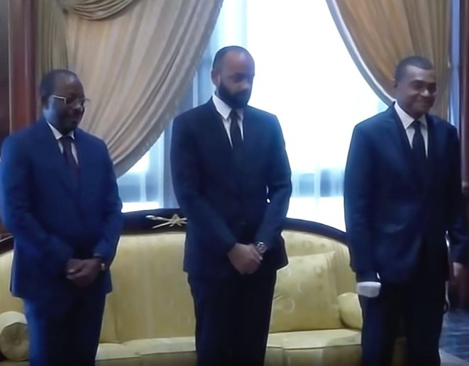 Photo -  à gauche Théophile Ogandaga, Directeur de cabinet du Président Gabonais¬¬¬ |au milieu :  Noureddin Bongo Valentin, Coordinateur général des affaires présidentielles |à droite : Jean-Yves TEALE, Secrétariat général de la Présidence