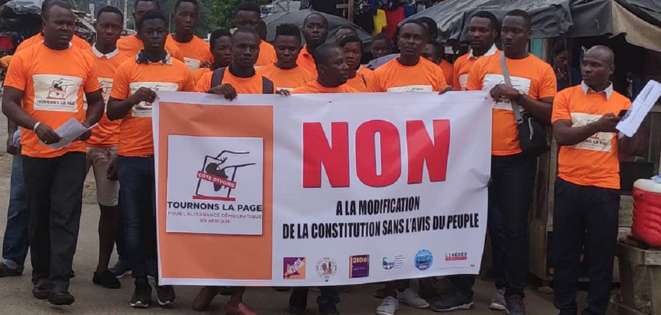 Action de rue à Abidjan début mars lors que laquelle 10 personnes ont été arrêtées.