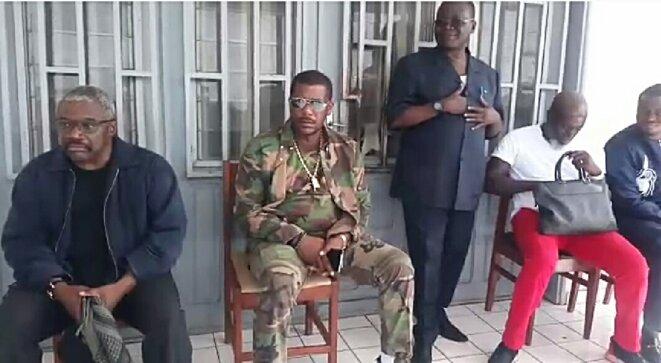 de gauche à droite : Christian Bongo et Wamba Sassou