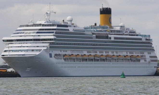 Le Costa Favolosa qui n'a pas trouvé de port d'accueil jusqu'à l'accord de Miami. © DR