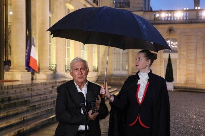 Le professeur Jean-François Delfraissy, président du conseil scientifique, dans la cour de l'Élysée le 5 mars. © Ludovic MARIN / AFP