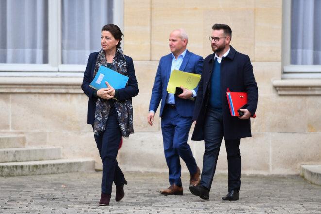 La ministre Agnès Buzyn sort d'une réunion sur le Covid-19, le 8 février, à Matignon. Au milieu, le DGS Jérôme Salomon. © Christophe ARCHAMBAULT / AFP