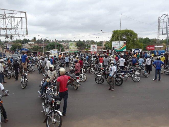 Les zémidjan de Lomé en chômage technique du fait des restrictions de circulation dues à la crise du Covid-19