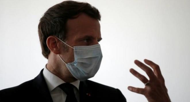 Emmanuel Macron, le 7 avril, à Pantin. © AFP