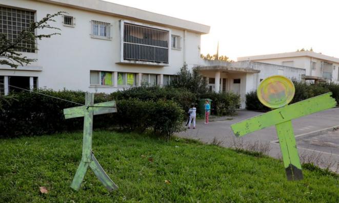 L'ancienne école maternelle Jean Giono à Aix-en-Provence. © Gilets Jaunes du Pays d'Aix - La Barque