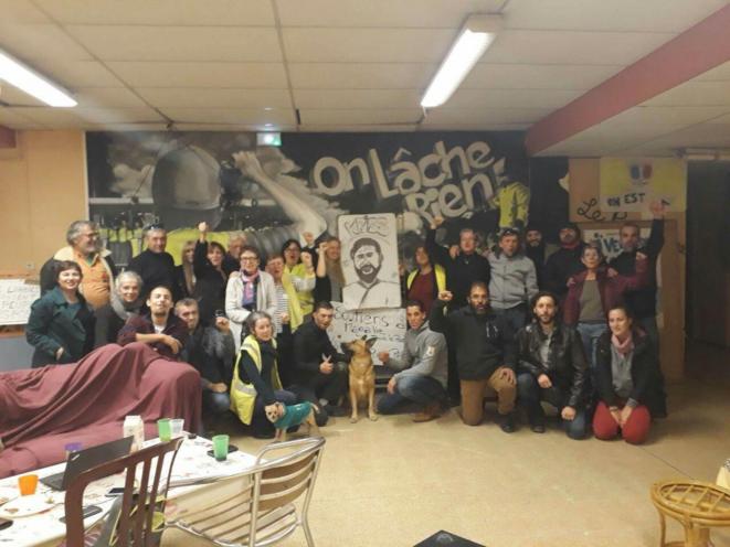 Le collectif des Gilets Jaunes du Pays d'Aix - La Barque dans le local Giono. © Gilets Jaunes du Pays d'Aix - La Barque