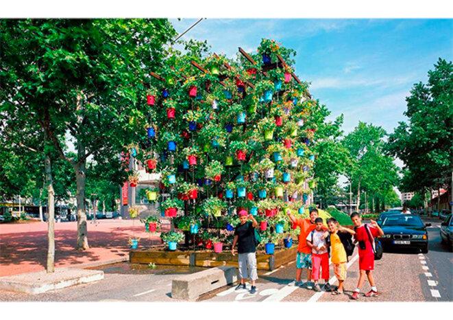 Festival des Jardins de rues. Oeuvre de Charly Bové © Olivier Nord
