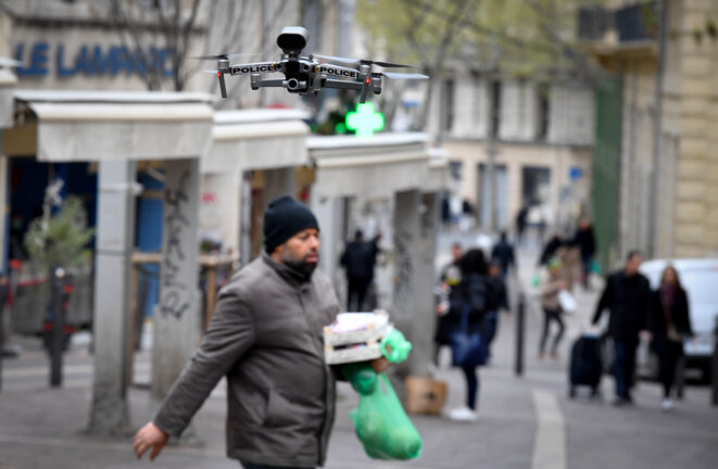 A police drone in the southern French city of Marseille, March 24th 2020. © GERARD JULIEN / AFP