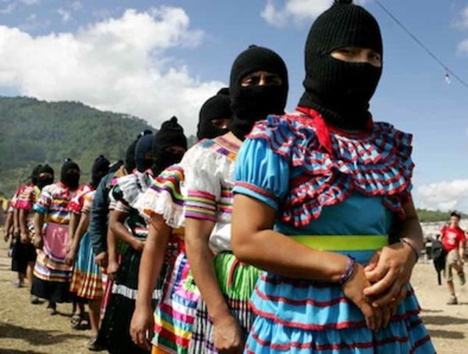 27-avril-armee-zapatiste-1