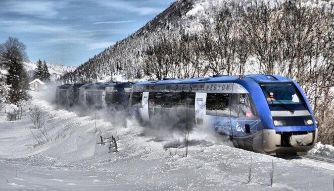Passage hivernal au col de Lus-la-Croix Haute © Collectif Etoile Ferroviaire de Veynes
