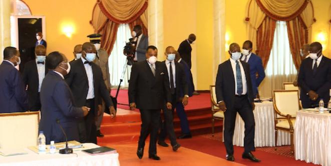 Le président Sassou N'Guesso au Conseil des Ministres (Archive)