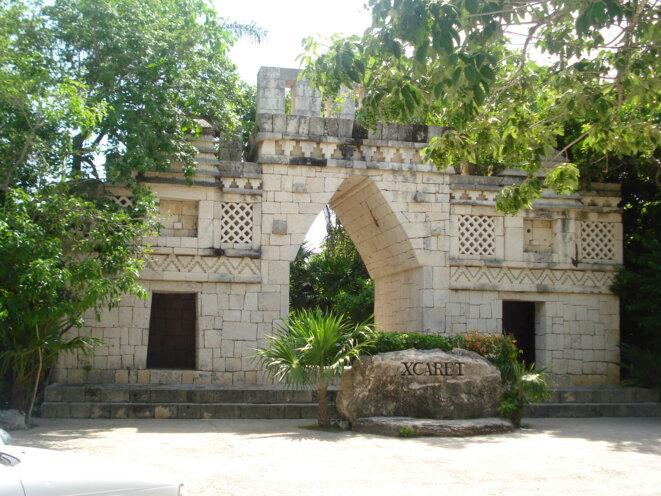 Entrée du parc éco-archéologique Xcaret, Quintana Roo © Cartimos