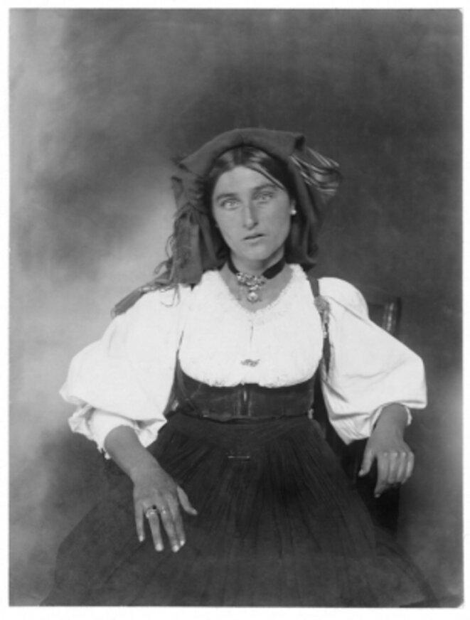 Femme italienne, sans date [Photo Augustus Frederick Sherman]