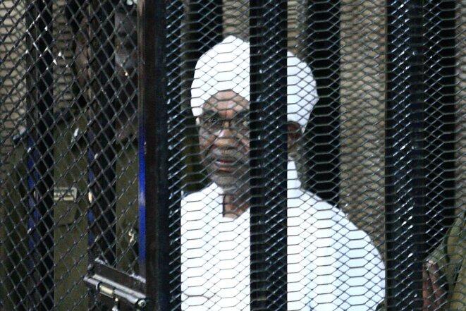 Omar Al Bachir au tribunal