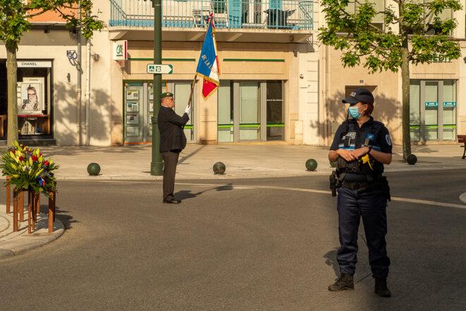 8 mai 2020, monument au mort à Aix-les-Bains © plbillot