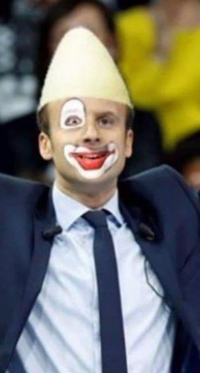 jupiter-macron-en-clown