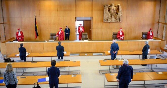 Les juges de la Cour constitutionnelle allemande de Karlsruhe, le 5 mai 2020. © AFP / Sebastian Gollnow