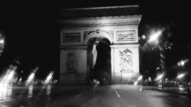 paris-triomphe-le-11-mai