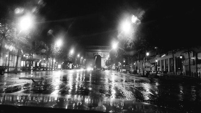 Les Champs Esseulés