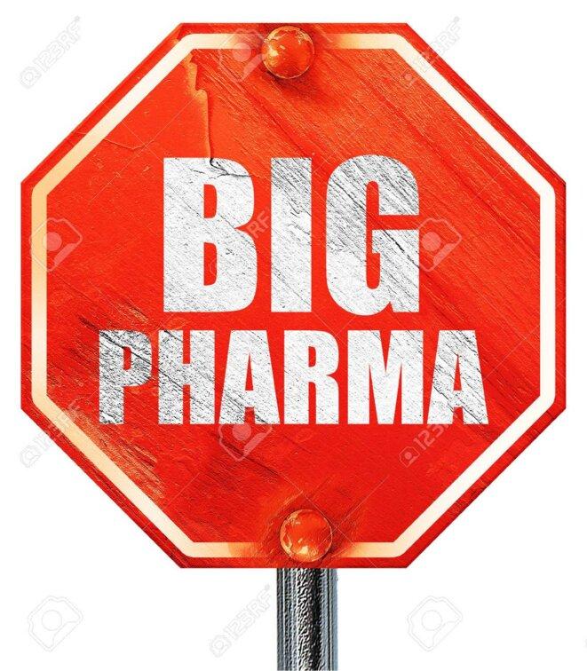 57692692-big-pharma-rendu-3d-un-panneau-d-arre-t-rouge